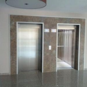 Больничный лифт
